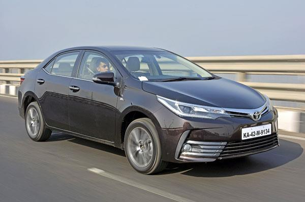 2017 Toyota Corolla Altis facelift review, test drive