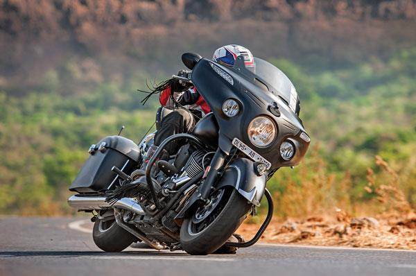 2017 Indian Chieftain Dark Horse review, test ride
