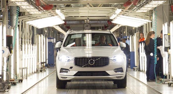 2017 Volvo XC60 begins production in Sweden