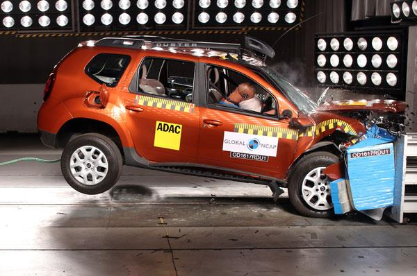 Renault Duster without airbag fails crash test