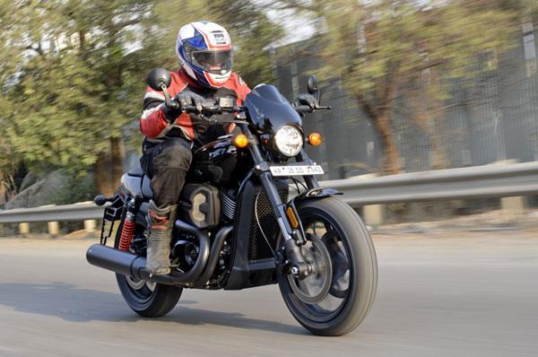 2017 Harley-Davidson Street Rod 750 review, test ride