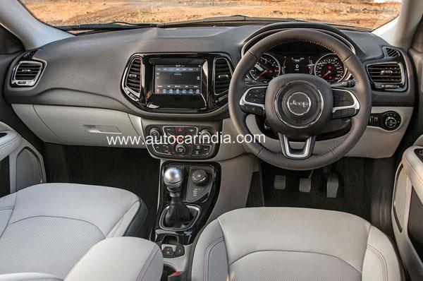 The cabin has a quality vibe to it, especially the leather-covered bits and soft-feel plastics.