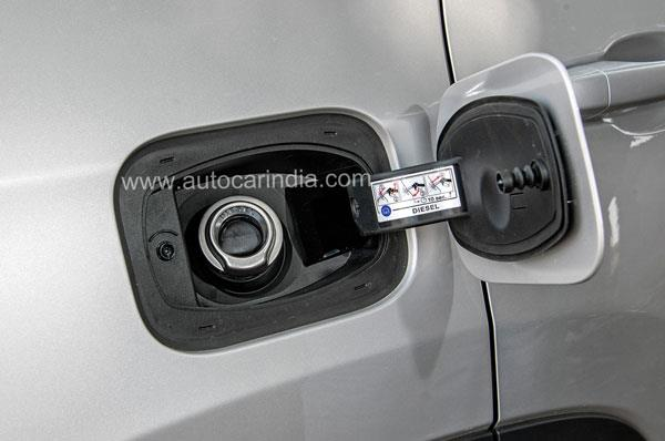 Capless diesel nozzle could be confusing at pumps.