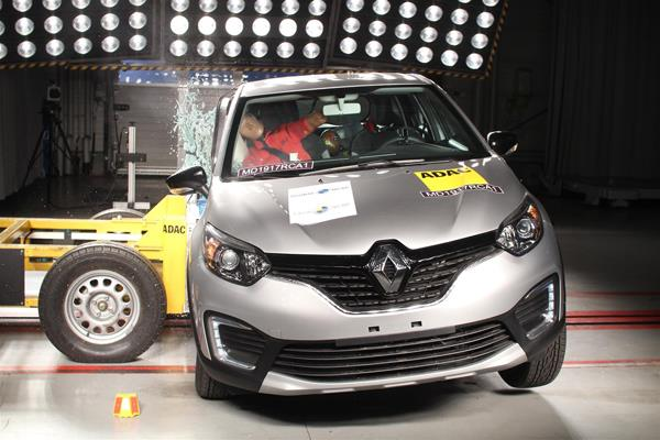 Renault Captur (Kaptur) scores four stars in Latin NCAP tests