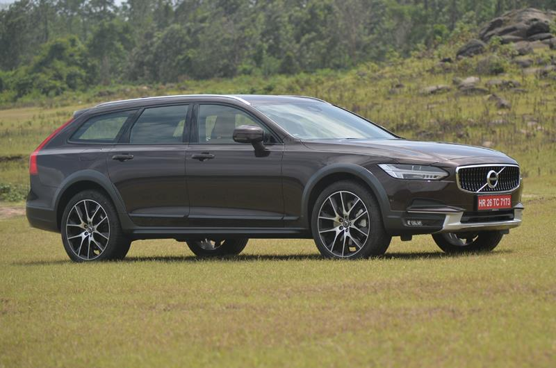 Volvo V90 Cross Country India launch on July 12