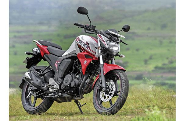 Choosing between the Yamaha FZ-FI and the FZS-FI
