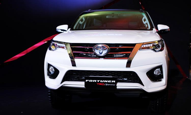 New Toyota Fortuner TRD Sportivo photo gallery