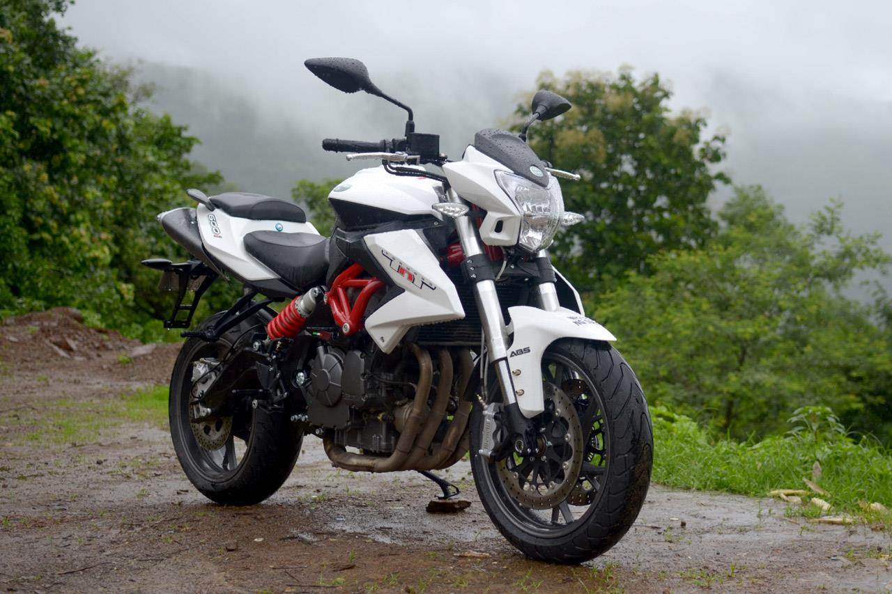 2016 Benelli TNT 600i ABS photo gallery