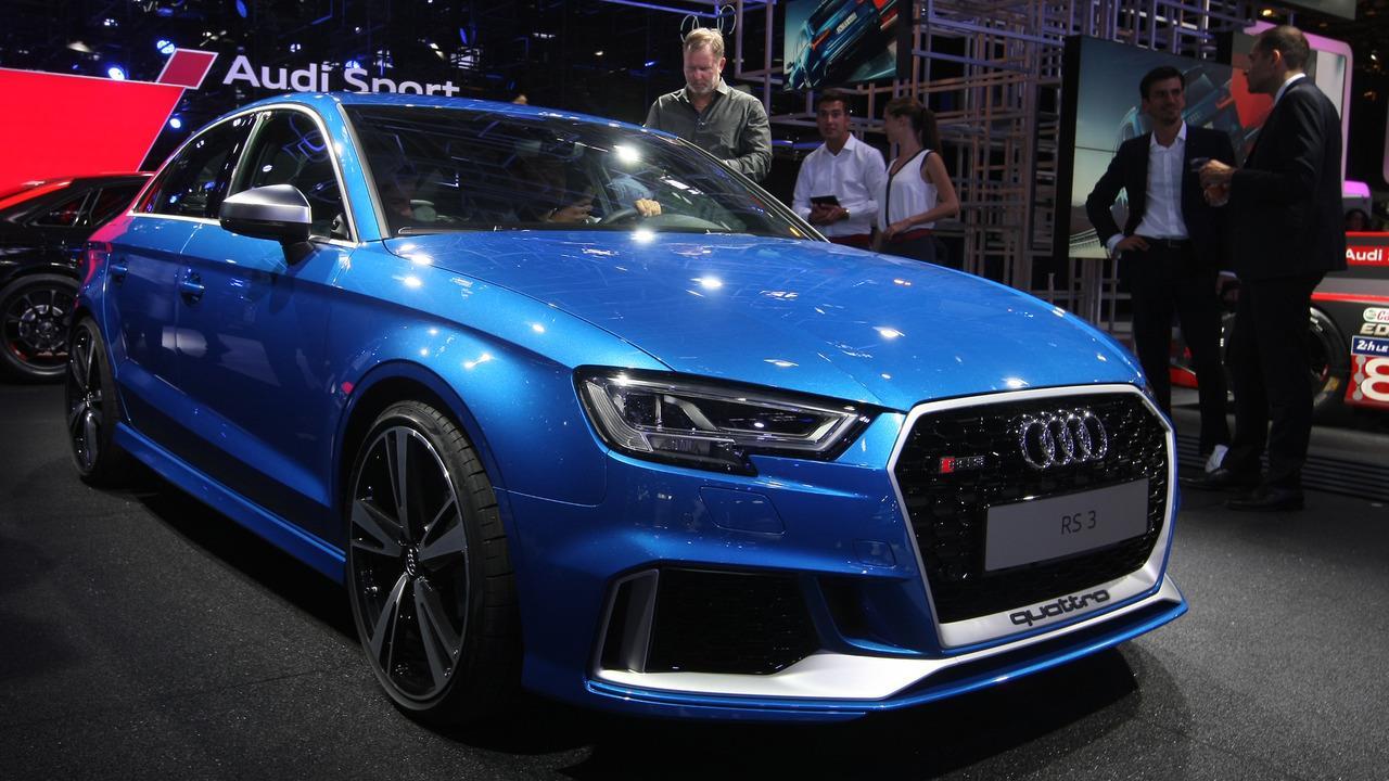 New Audi RS3 sedan photo gallery