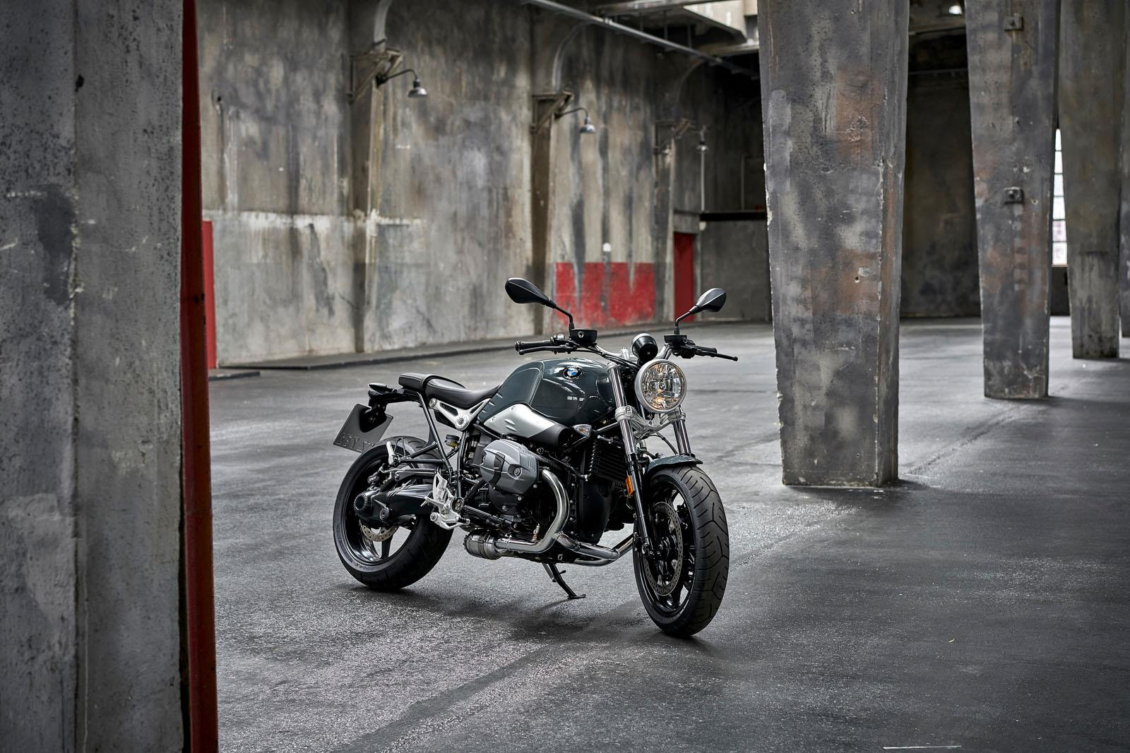 BMW R Nine T Pure, Racer photo gallery