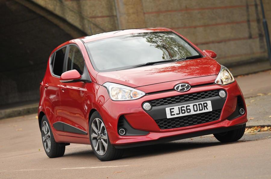 Hyundai i10 facelift image gallery
