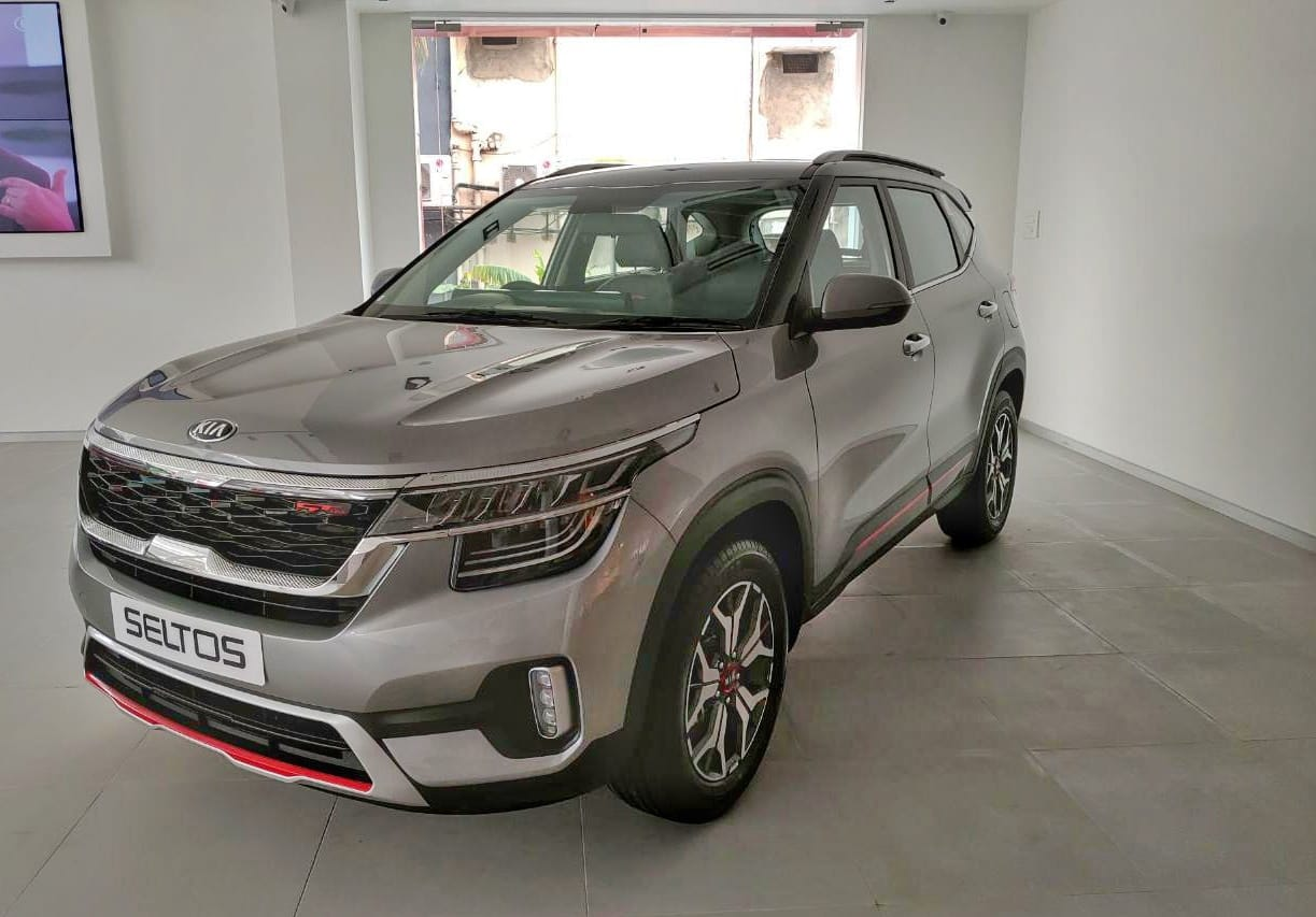 Top End Kia Seltos Gtx Petrol Dct Diesel At Priced At Rs 16 99 Lakh Autocar India
