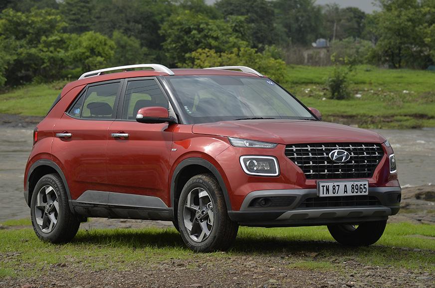 Best petrol-manual compact SUVs in India