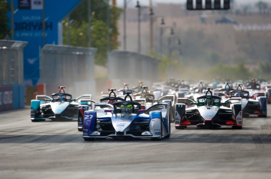 Formula E, Diriyah E-Prix: Bird, Sims score wins
