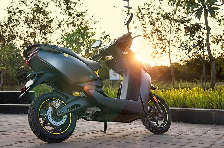 Ather 450X subscription vs full-price purchase: What's the difference?