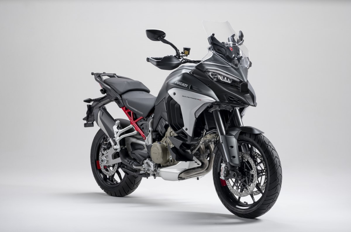 Entry Level 2017 Ducati Multistrada 950 Launched At EICMA