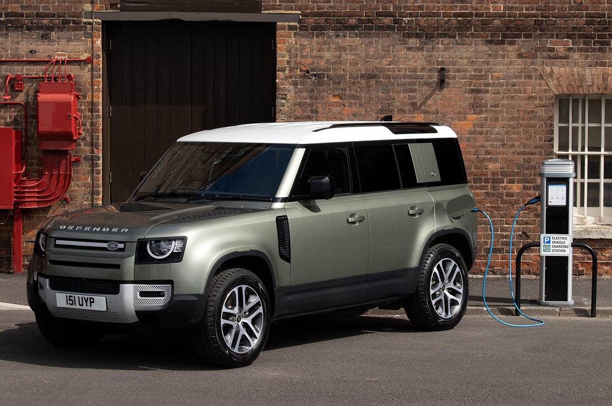 2021 Land Rover Defender Plug-in hybrid booking open in ...