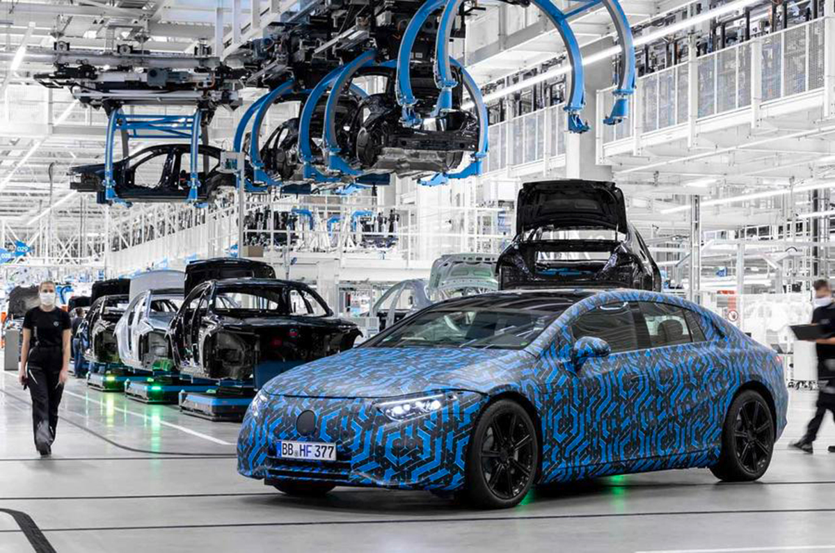 20201217041309 Mercedes EQ production line Mercedes-Benz to debut six EQ models by the end of 2022