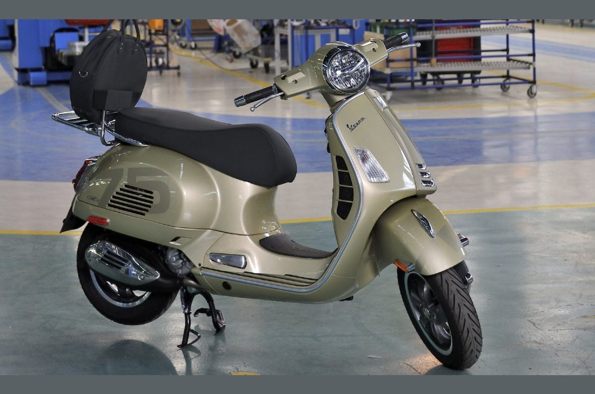 what is the price of piaggio ape 3 wheeler