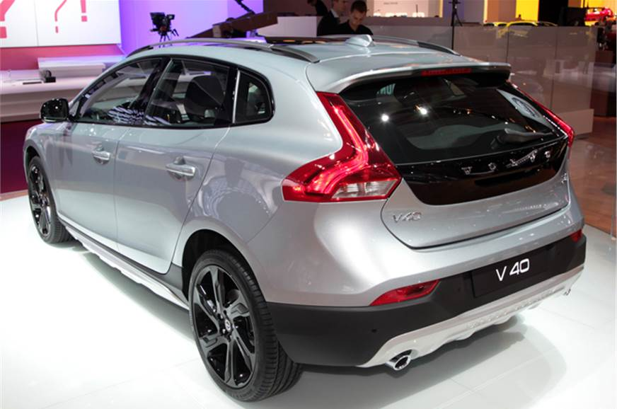 Volvo V40 Cross Country for India - Autocar India