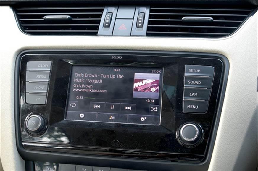 New 2013 Skoda Octavia vs Volkswagen Jetta - Feature