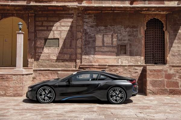 Mobil 1 Great Car Great Road Bmw I8 Feature Autocar India