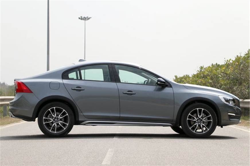 Volvo S60 Cross Country India review, test drive - Autocar India