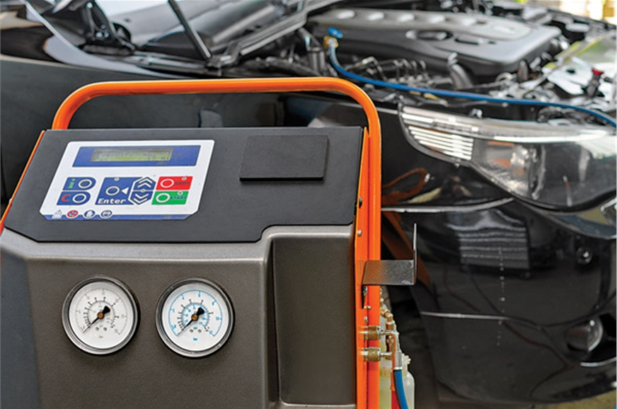 Keeping It Cool Car AC Servicing Simplified Feature Autocar India - Cool car features