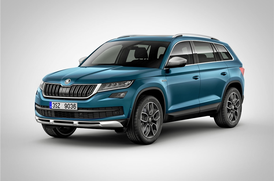 Koda Kodiaq with an AEB system detects pedestrians as well
