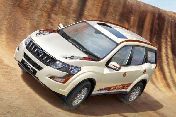 2017 Mahindra Xuv500 Sportz Price Specifications Interior And