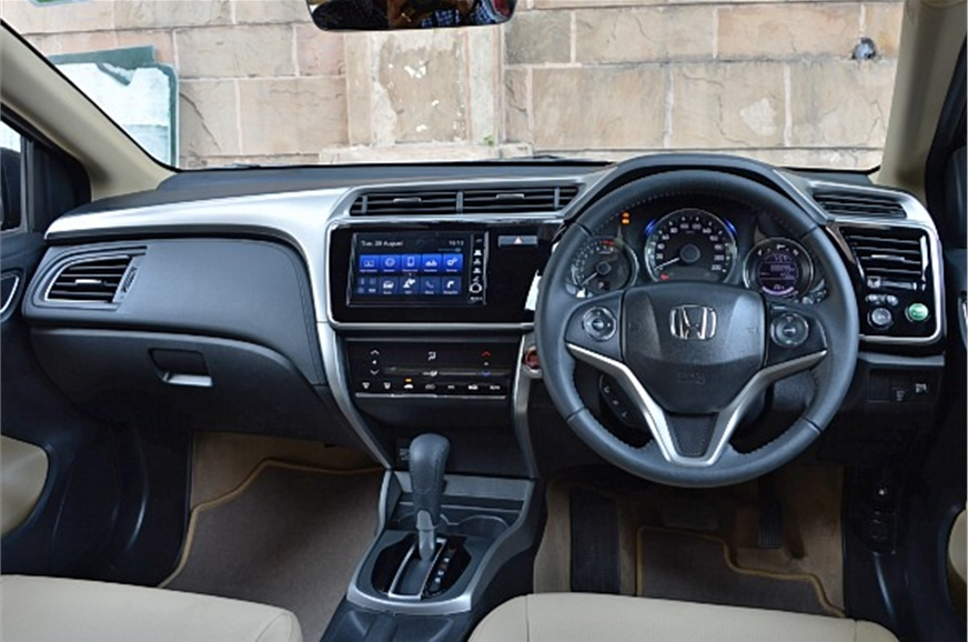 2017 honda city facelift review specifications equipment for Image city interiors