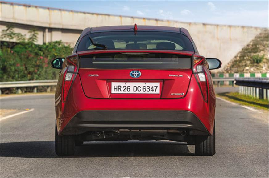 2017 Toyota Prius India review, specifications, price