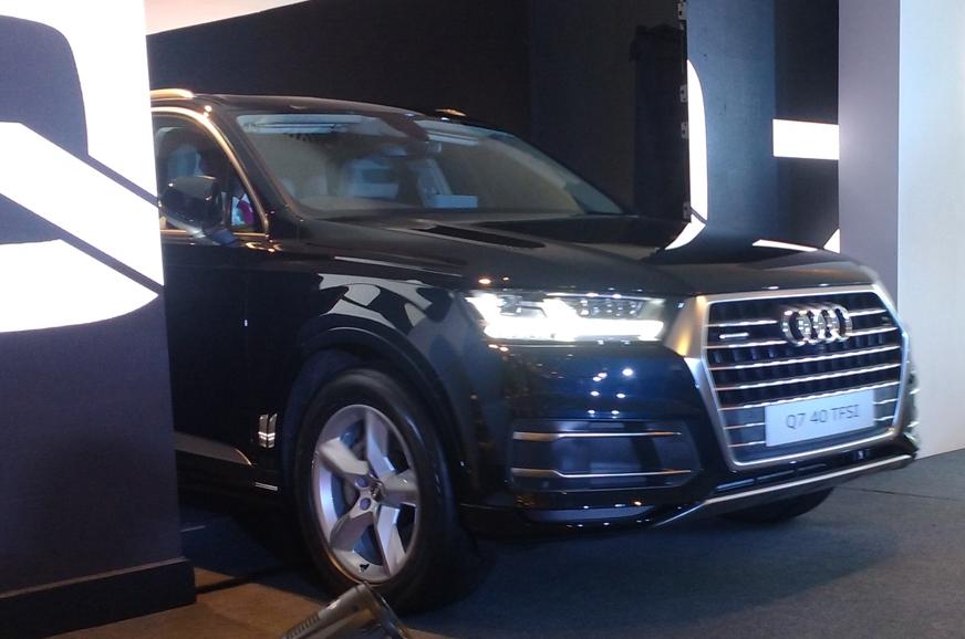 Audi Q Petrol Price In India Variants Equipment List And - Audi car q7 price in india