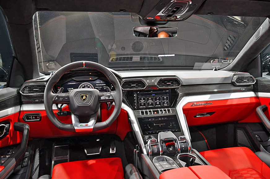 Lamborghini Urus The Fastest Suv In The World Is Here In India