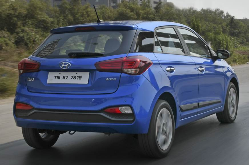 2018 hyundai i20 review test drive pricing variant info. Black Bedroom Furniture Sets. Home Design Ideas