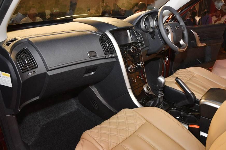 2018 Mahindra Xuv500 Facelift Launched At Rs 12 32 Lakh Autocar India