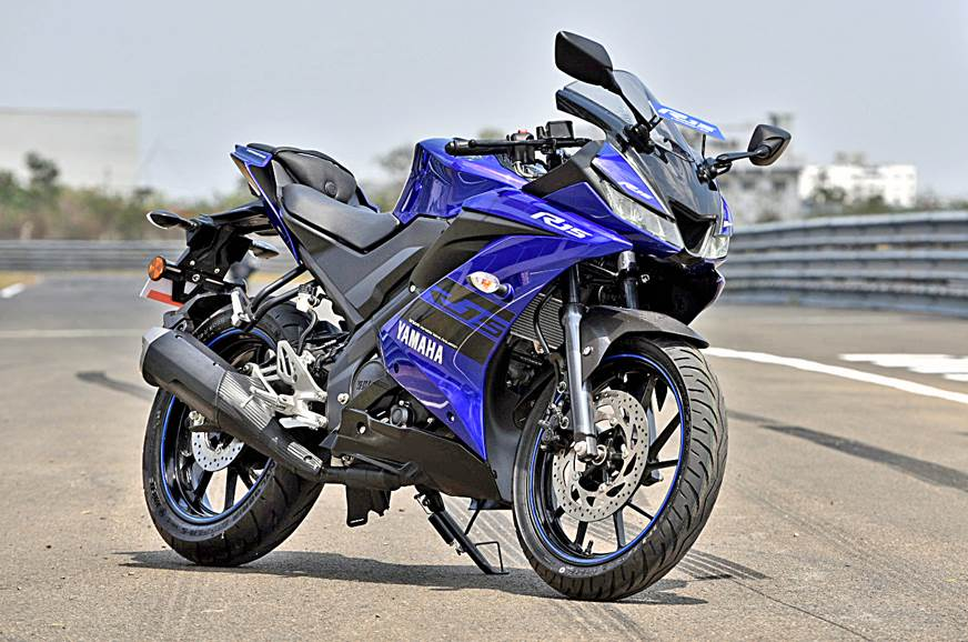 2018 yamaha r15 v3 0 price hiked autocar india for Yamaha r15 v3 price philippines