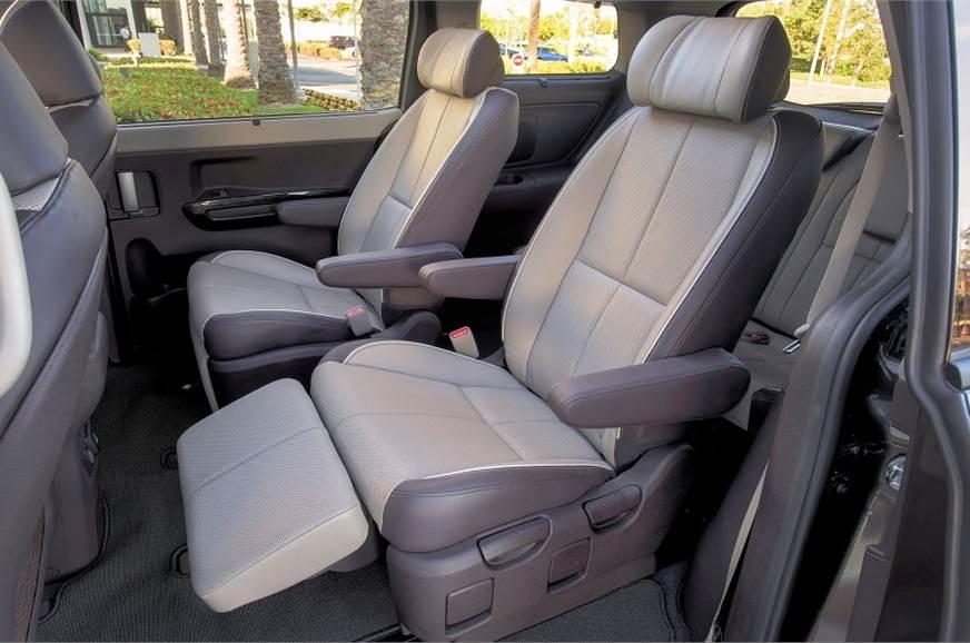 Kia Targeting Rs 22 Lakh Price For Carnival Mpv Autocar India