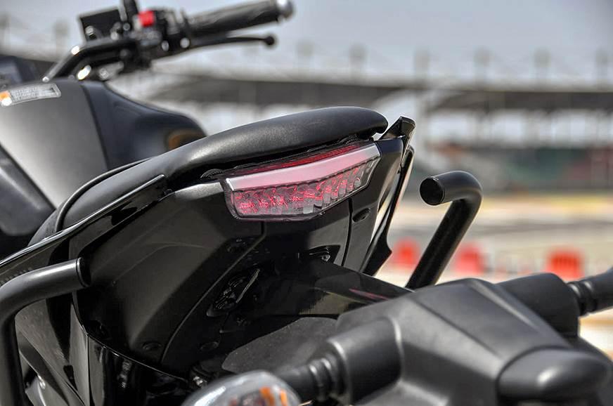 Pleasing 2019 Yamaha Mt 15 Review Test Ride Autocar India Creativecarmelina Interior Chair Design Creativecarmelinacom