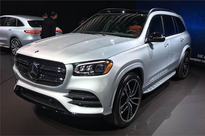 New Mercedes Suv >> 2019 Mercedes Benz Gls Suv Revealed At 2019 New York Motor