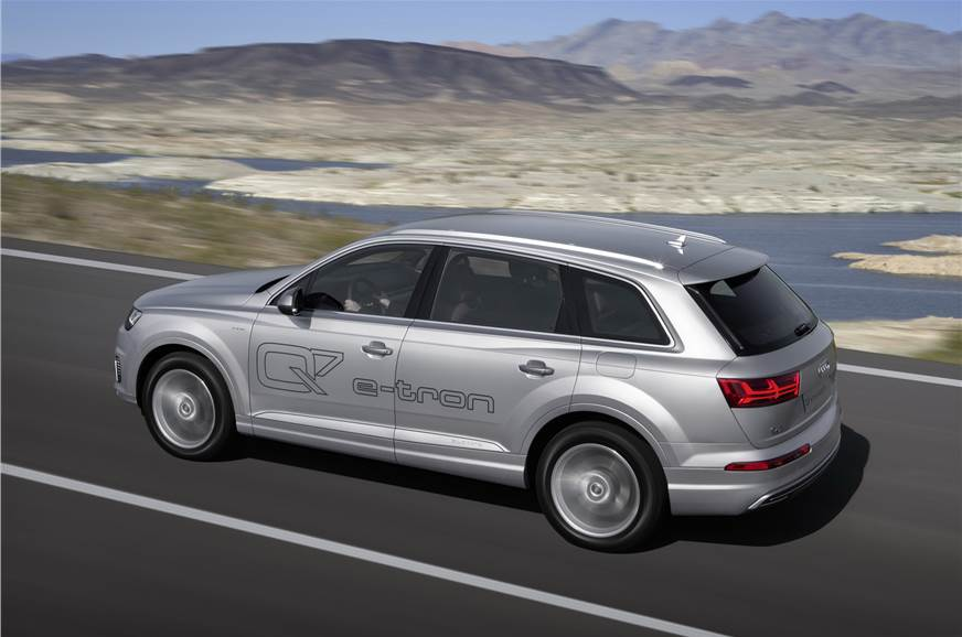 Audi Q7 E Tron 2 0 Tfsi Phev Photo Gallery Autocar India