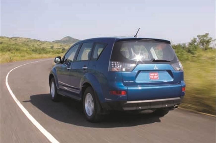 Mitsubishi Outlander 2 4 MIVEC (Old) - Autocar India