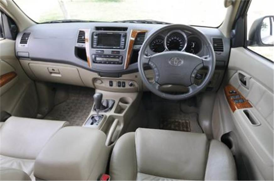 Toyota Fortuner 3 0 D4-D (Old) - Autocar India