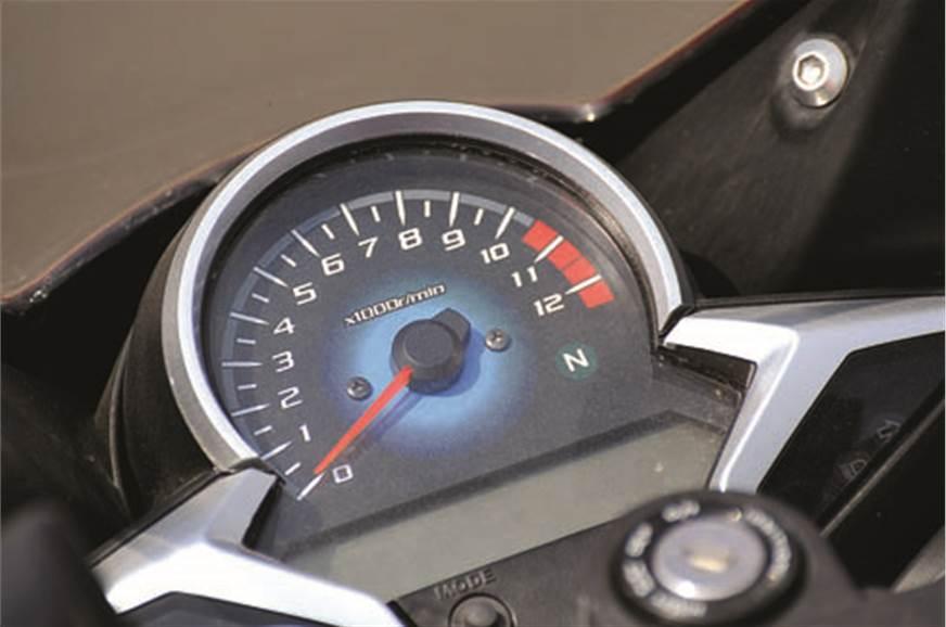 Honda Cbr250r Vs Kawasaki Ninja250r Feature Autocar India