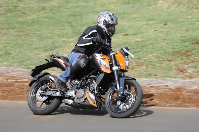 KTM Duke 200 review, first ride