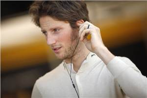 Grosjean to race with Renault in 2012