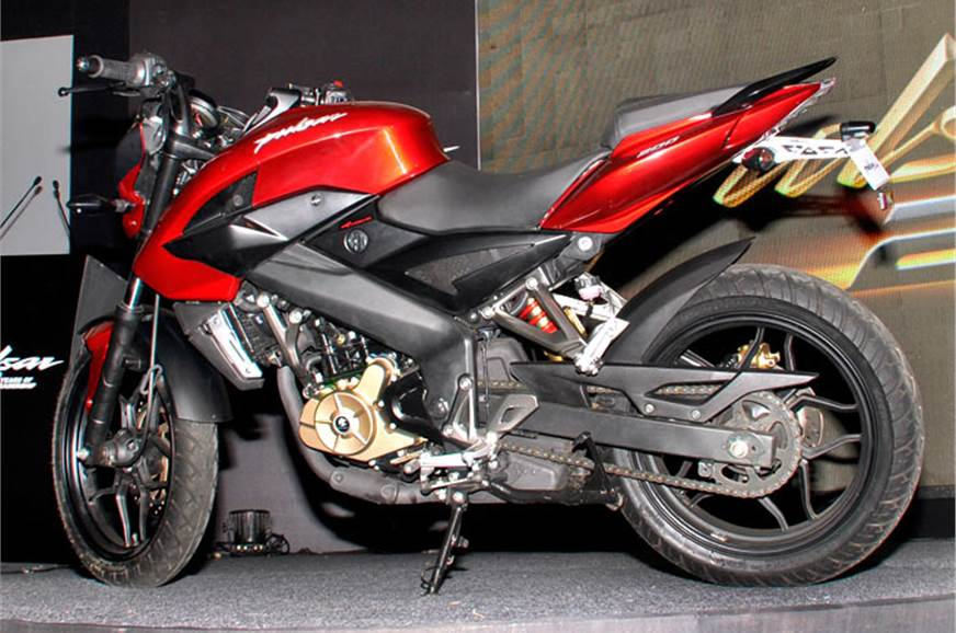 2012 Bajaj Pulsar 200 NS Review - Top Speed
