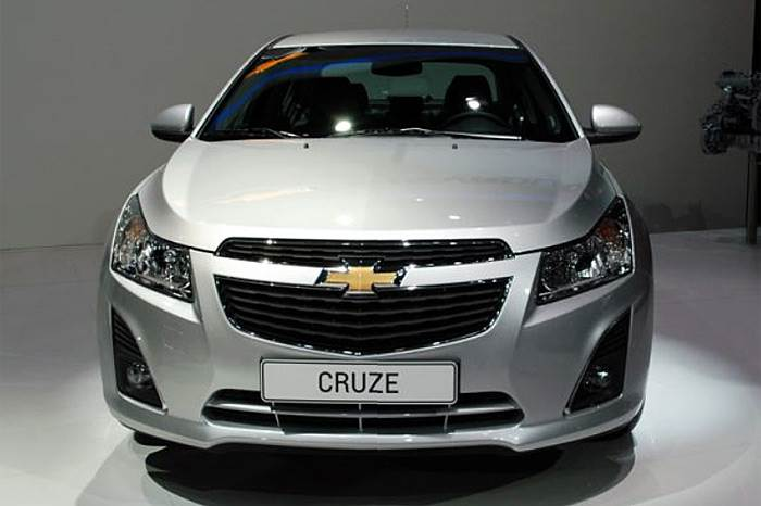 Chevrolet Cruze facelift revealed