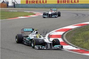 Rosberg storms to commanding maiden win