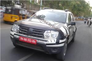 Renault Duster spy pics